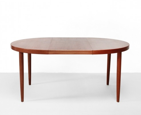 Round dining table in teak by Kai Kristiansen