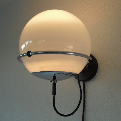 Raak Globe ( C1751 ) Wall Light by Frank Ligtelijn, 1960's