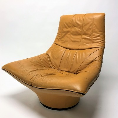 Vintage leather 'Mantis' lounge chair by Gerard van den Berg, 1970s