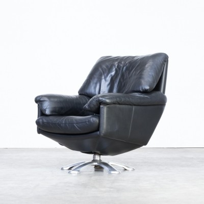 Axel Enthoven 'model 200' black leather lounge chair for Leolux, 1980s