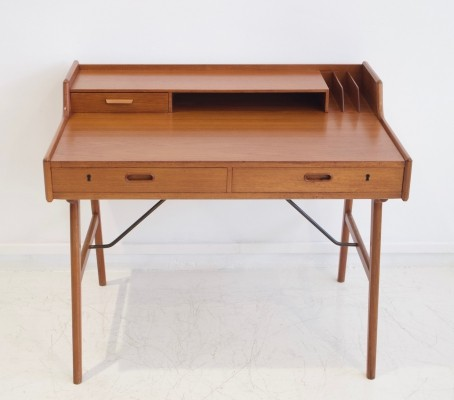 Arne Wahl Iversen Teak Model 56 Writing Desk for Vinde Mobelfabrik, 1960s