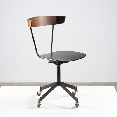 Clifford Pascoe (USA) swivel desk chair