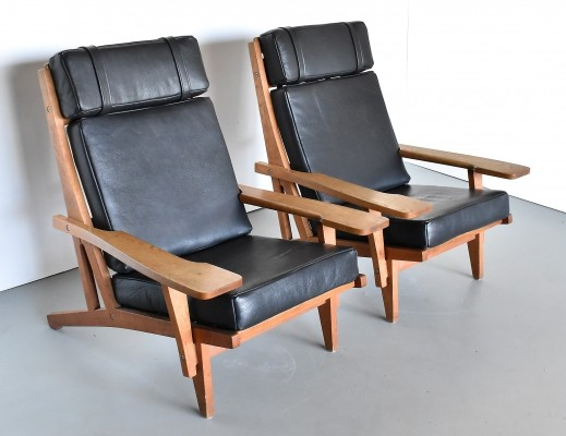 Pair of GE 375 lounge chairs by Hans Wegner for Getama, 1960s