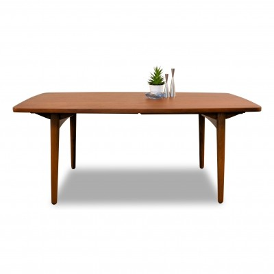 Vintage L. Chr. Larsen & Son teak/oak extendable dining table