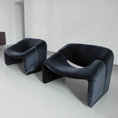 Pair of velvet upholstered Groovy chairs by Pierre Paulin for Artifort
