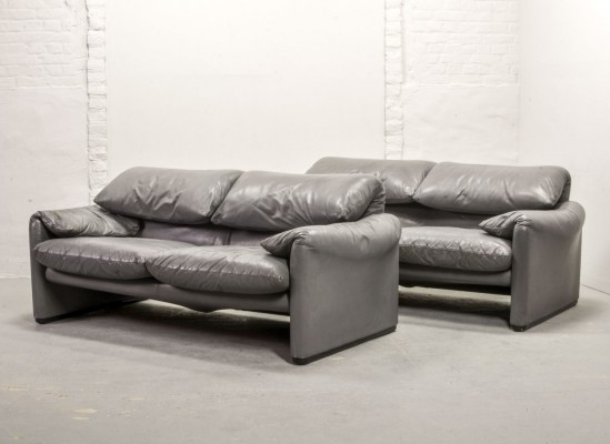Italian Design Leather Maralunga Sofas by Vico Magistretti for Cassina, 1970s