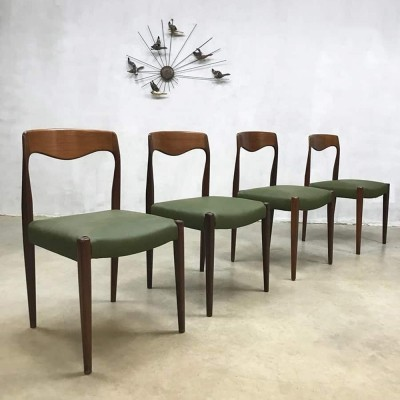 Set of 4 dining chairs by Niels O. Møller for JL Møller Møbelfabrik, 1950s