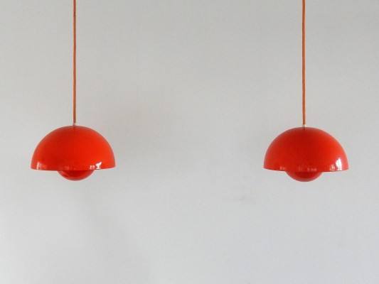 Set of 2 flowerpot pendant lamps by Verner Panton for Louis Poulsen