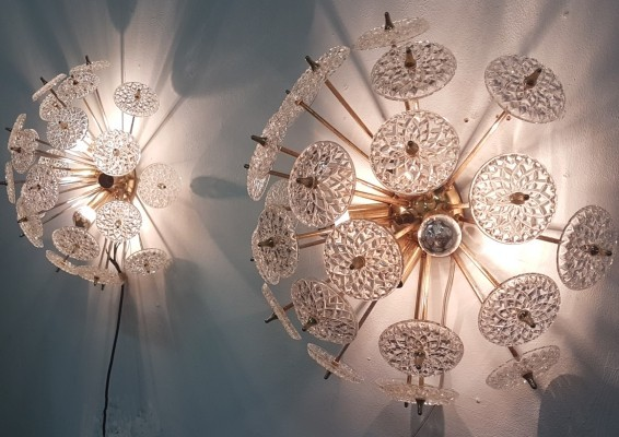 Sputnik wall lamp with crystal glass disks by Val Saint Lambert, Belgium 1960s