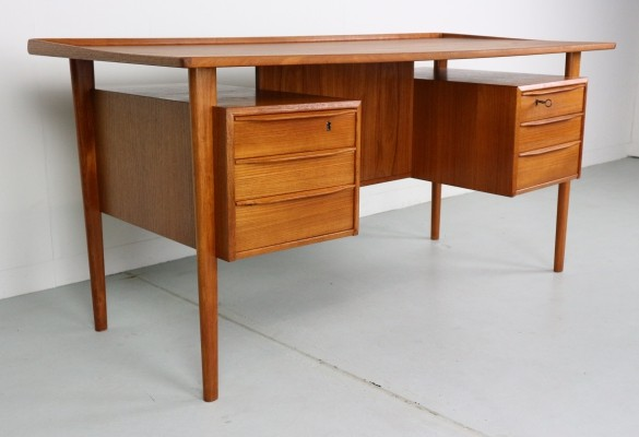 Scandinavian Writing Desk designed by Peter Løvig Nielsen