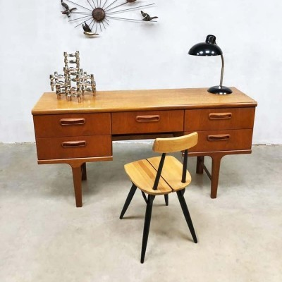 Mid-century vintage desk / side table by Victor Wilkins for G-plan