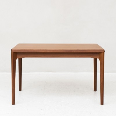Extendable dining table by Henning Kjaernulf for Vejle Stolefabrik
