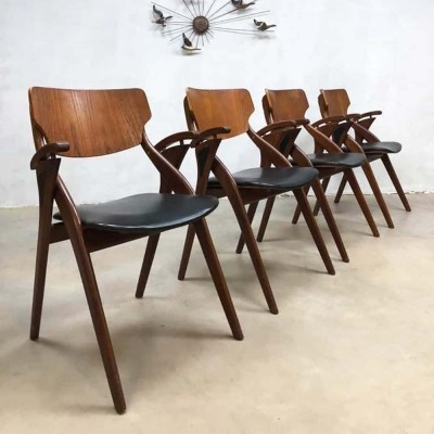 Set of 4 Vintage Danish design dining chairs by Hovmand Olsen, 1950s