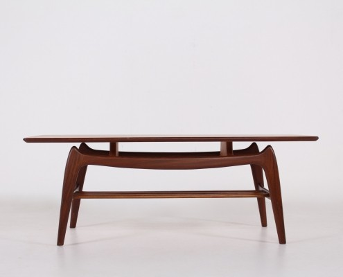 Louis van Teeffelen for Wébé teak coffee table