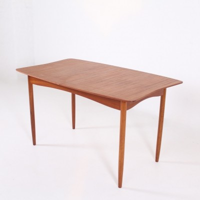 Expendable mid century dining table by Vansom