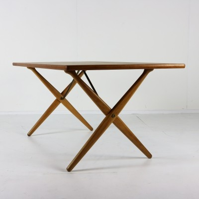 AT303 dining table by Hans Wegner for Andreas Tuck, 1960s