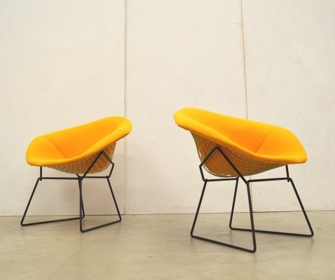 Pair of Yellow Diamond Chairs by Harry Bertoia for Knoll