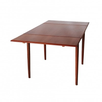 Extendable Danish Design Dining Table