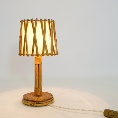French rattan table lamp fom the 1960s-1970s