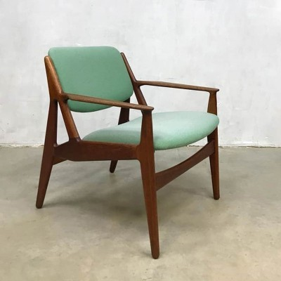 Vintage Danish design arm chair model 'Ellen' by Arne Vodder for Vamo