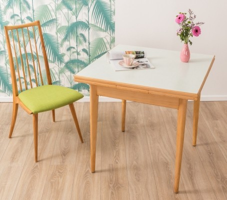Extendable kitchen table from the 1950s