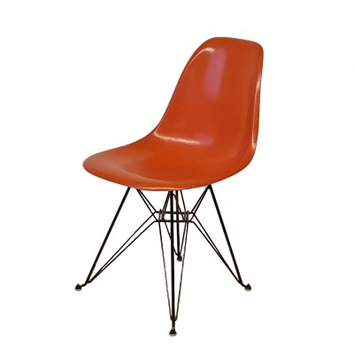 DSR Chair by Eames for Herman Miller