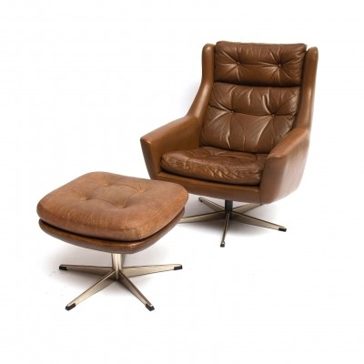 Scandinavian modern reclining leather lounge chair & ottoman by John Stuart, 70s