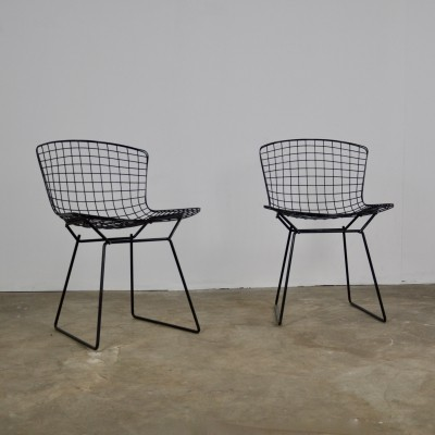 1st edition wire chairs by Harry Bertoia for Knoll International, 1952