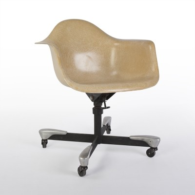 Greige 2nd Generation Zenith Vintage Eames DAT Shell Chair