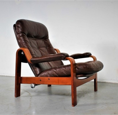 Göte Möbel adjustable lounge chair in brown leather