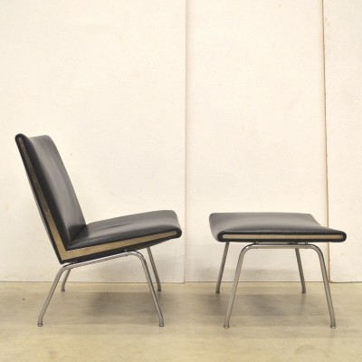 CH401 Airport lounge chair by Hans J. Wegner for AP Stolen, 1950s