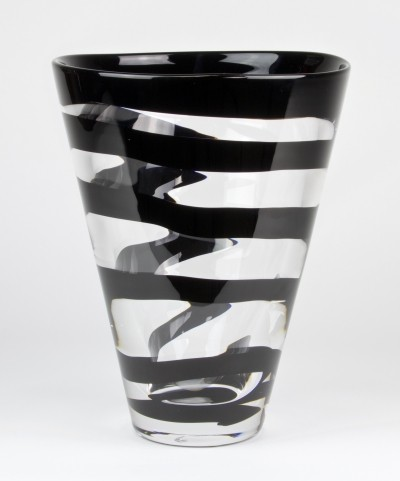 Unique glass vase with black spiral designed by Frans Molenaar in 1994