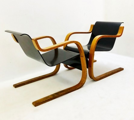 Pair of Model 31 Chairs In Birch Wood By Alvar Aalto, Finland Circa 1930s