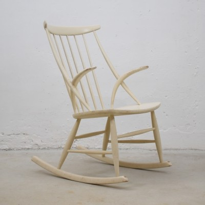 Midcentury rocking chair by Illum Wikkelsø for Niels Eilersen, Denmark 1960's