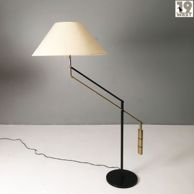Elegance floor lamp by Laszlo Nigrini for Swisslamps