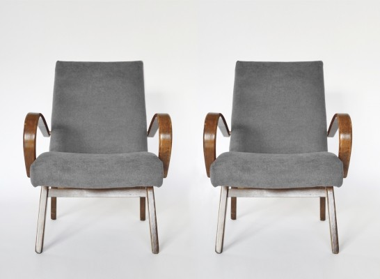 Pair of Grey Model 53 Armchairs by Jaroslav Smídek for TON, 1960s