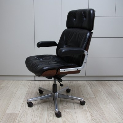 Black leather Giroflex Swivel office chair by Martin Stoll