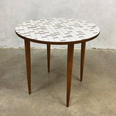 Vintage design coffee table with Mosaïc top