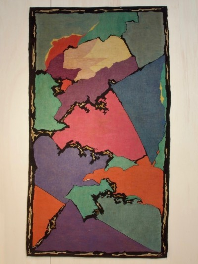 Tapestry with abstract motive by J.F. Semey for Pander in circa 1920