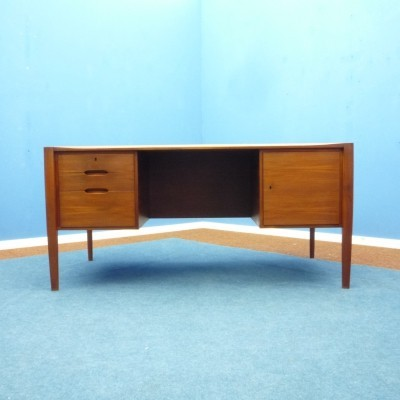 Teak desk by Wilhelm Renz, 1950s
