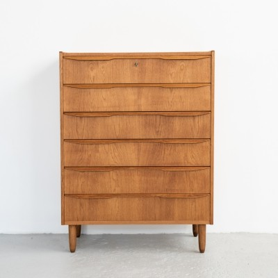 Danish chest of 6 drawers in oak, 1960s