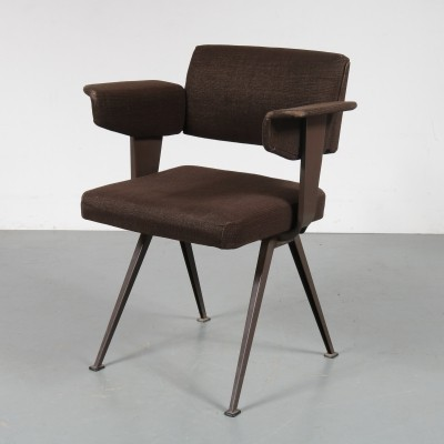 Resort arm chair by Friso Kramer for Ahrend de Cirkel, 1950s