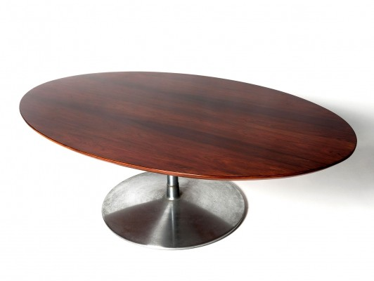 Artifort coffee table by Pierre Paulin