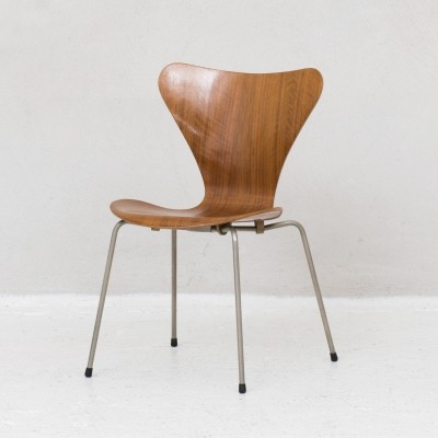 Butterfly 'Series 7' chair by Arne Jacobsen for Fritz Hansen, Denmark 1955