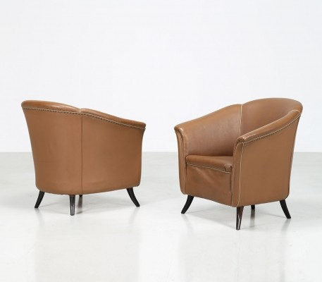 Pair of armchairs in original leather by Guglielmo Ulrich, 1940