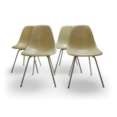 Set of 4 Vintage Eames DSX chairs in White, 1960s