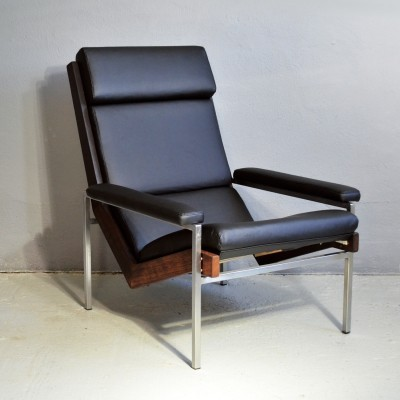 Lotus armchair by Rob Parry