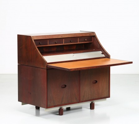 Rosewood & leather writing desk by Gianfranco Frattini for Bernini, 1960
