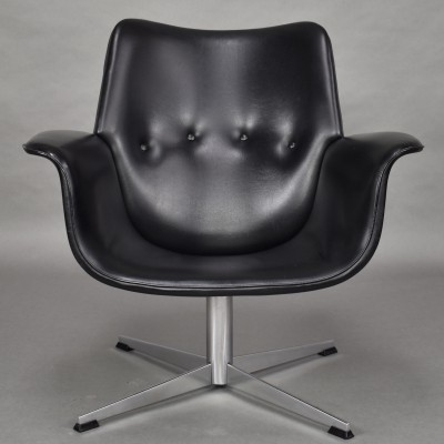 Executive swivel arm chair by Topform, Netherlands circa 1950