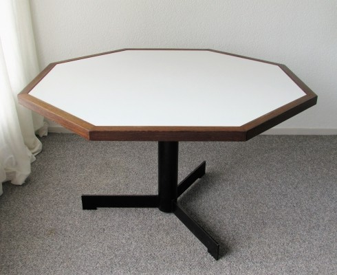 Octagonal Dining Table by Martin Visser for 't Spectrum